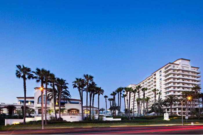 the waterfront resort. Black Bedroom Furniture Sets. Home Design Ideas